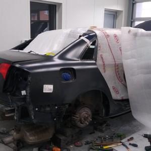 Samochód w warsztacie